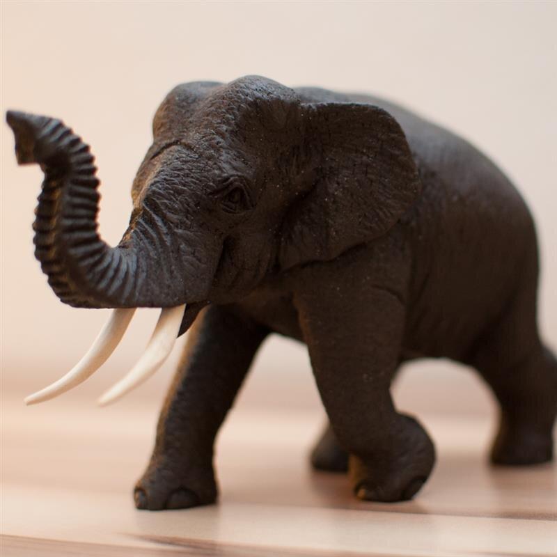 elefant gl ck handgeschnitzt laufend teakholz gewach. Black Bedroom Furniture Sets. Home Design Ideas
